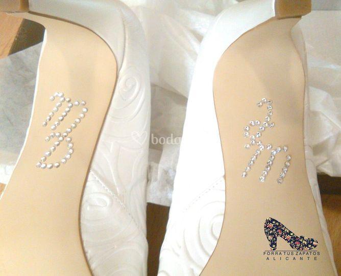 iniciales novio y novia de forra tus zapatos alicante | foto 24