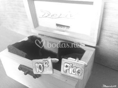 Gemelos personalizados Pico