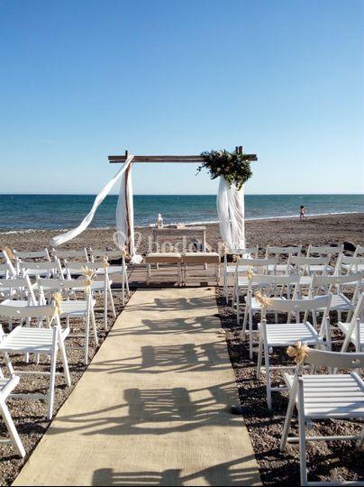 Ceremonia a pie de playa