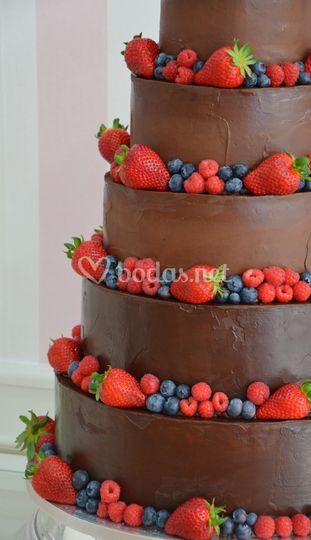 Tarta de boda chocolate y frut