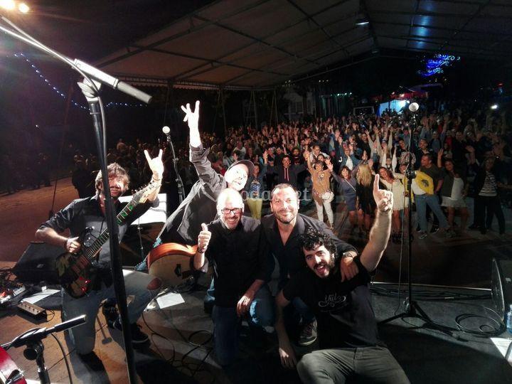 Foto final concierto fiesta