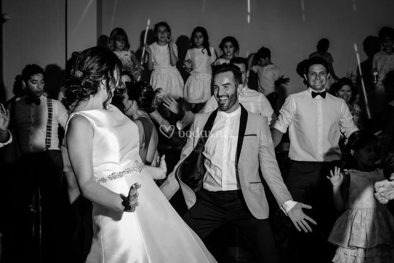 Baile con amigos