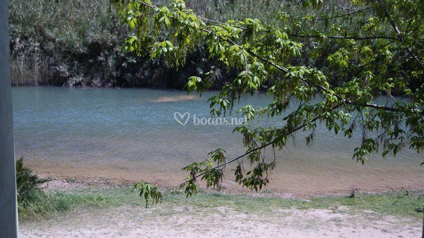 Vista exterior al río