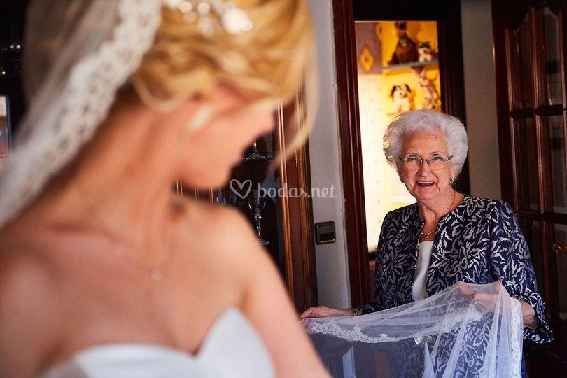 Miradas con la abuela