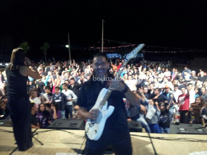 Mario Gutiérrez Guitar