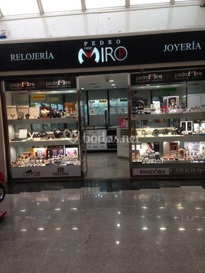 Carrefour General Riera