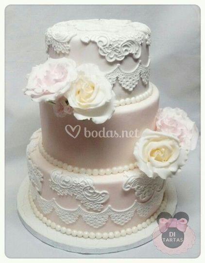 Tarta de boda de rosas