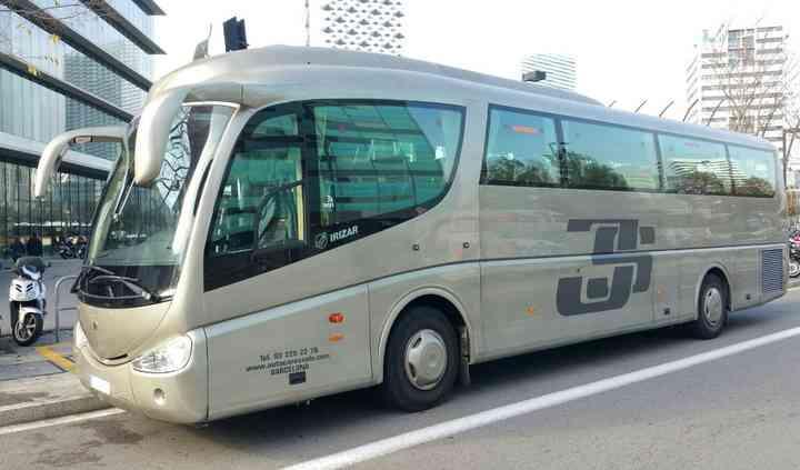 Autocar 54 plazas