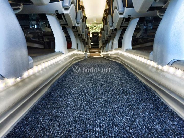 Autocares fuentes for Moqueta pasillo