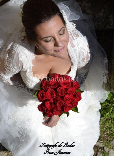 La novia con su ramo
