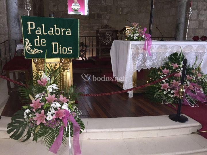 Centros para atril y altar