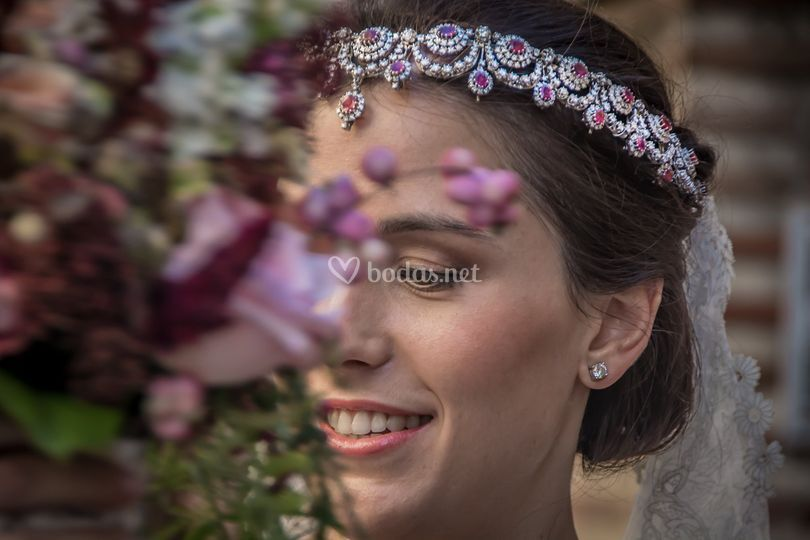 Super color bride