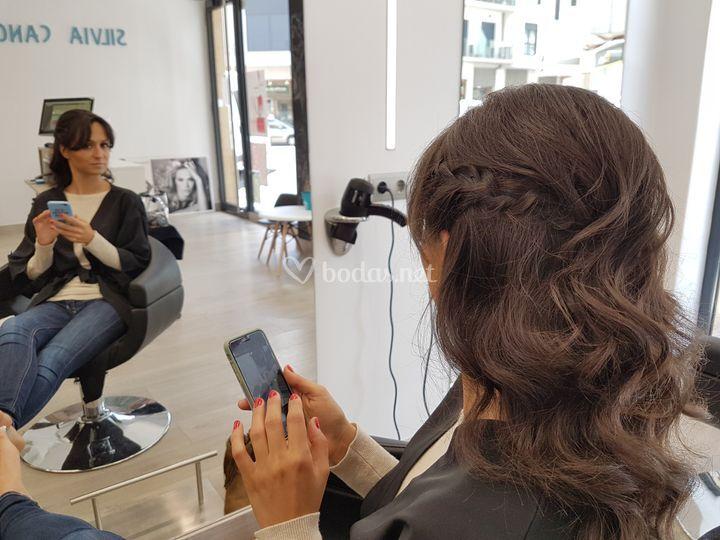 Peinado y manicura