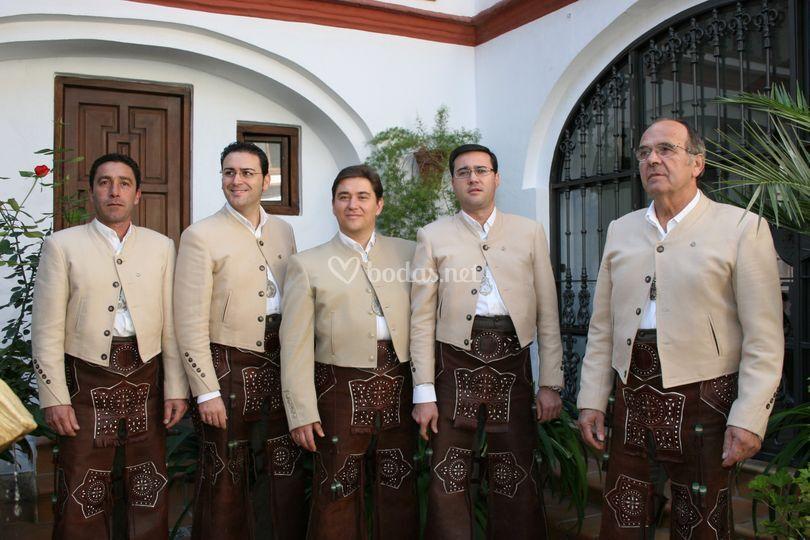 Grupo Rociero Entreolivares