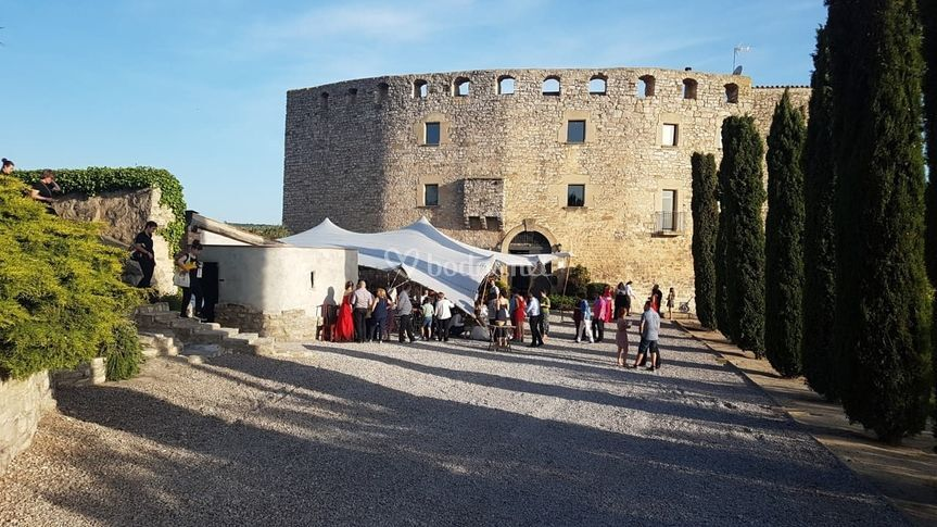 Entrada Castillo de Fonolleres