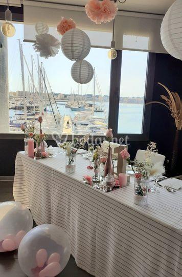 Restaurante con vistas al mar