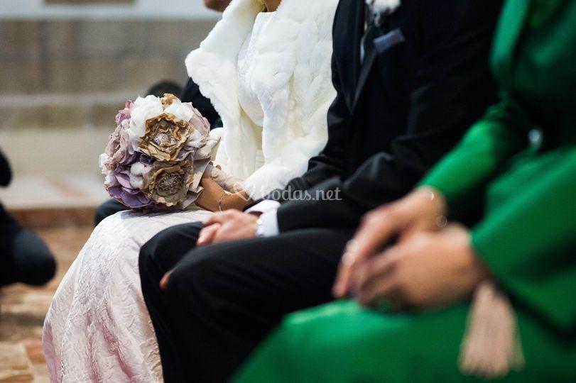 Ramo de novia en lila y beige