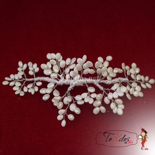 Tocado de porcelana de novia