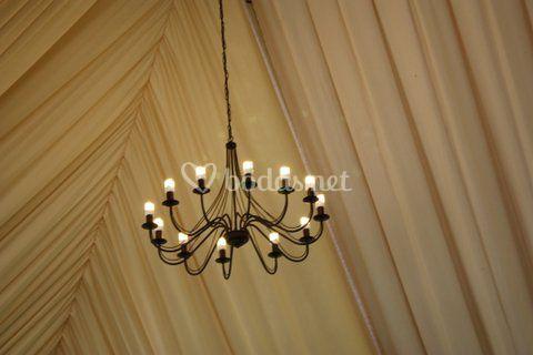 Detalle techo y lampara