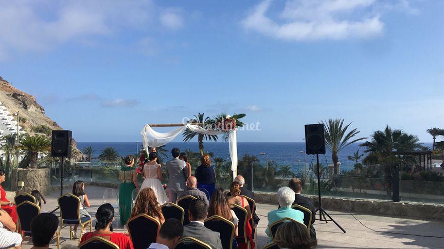 Equipo de sonido para una boda