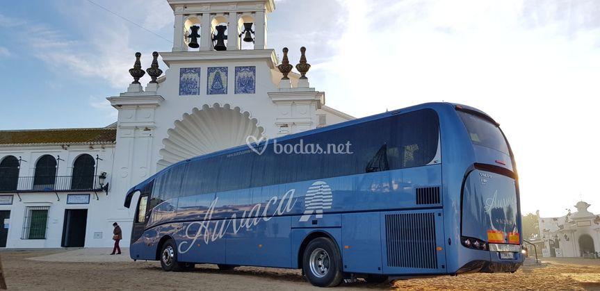 Autobús de 60 pasajeros