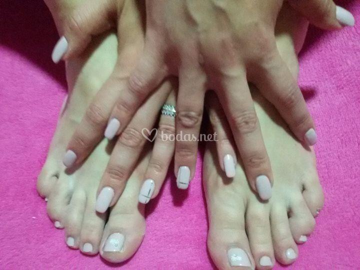 Esmaltado pies y manos