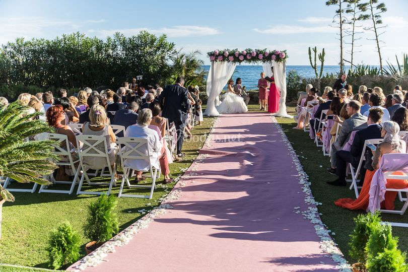 Marbella beachside wedding