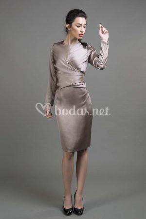 Vestido seda anudado