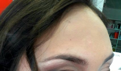 Lili Nails & Makeup 1
