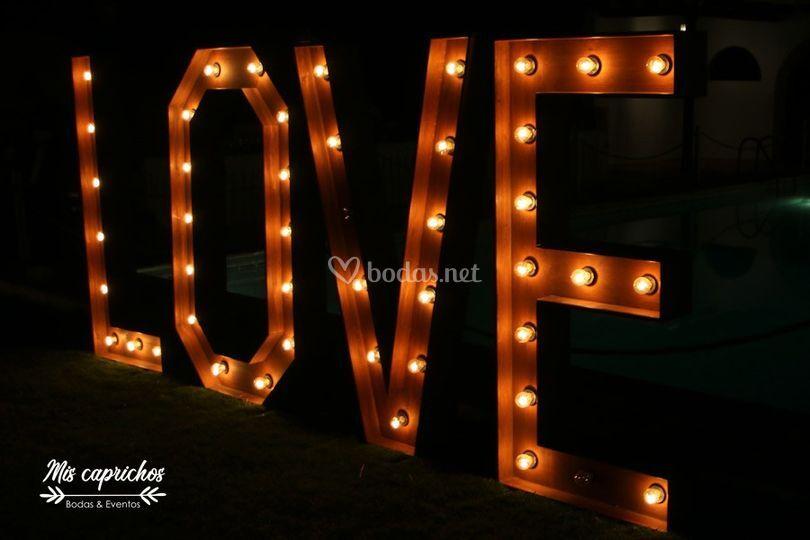 Love gigantes alquiler