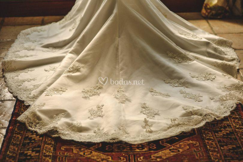 Cola del vestido de novia
