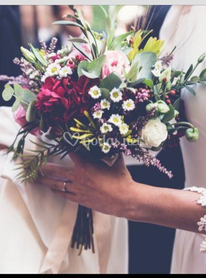Ramos de novia desenfadados