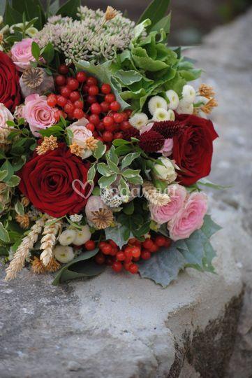 Ramo de novia en  tonos rojizo