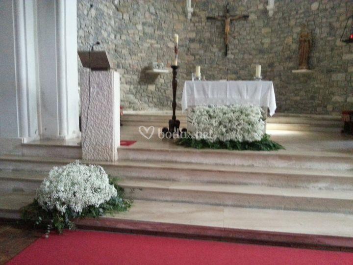 Altar de paniculata, iglesia