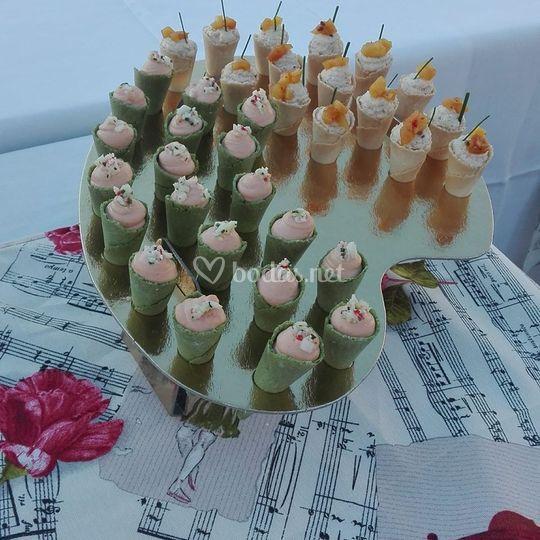Mini conos con mousse