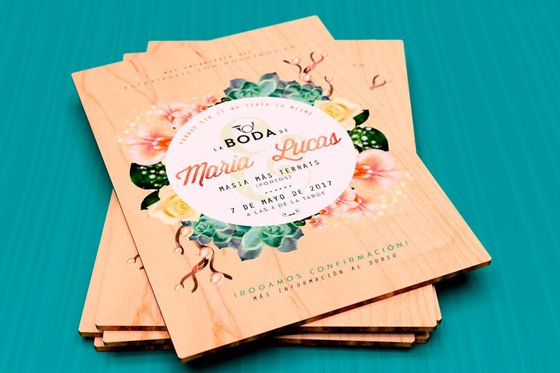 Invitaciones impresas madera