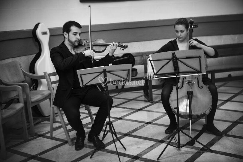 Dúo violoncello y violín