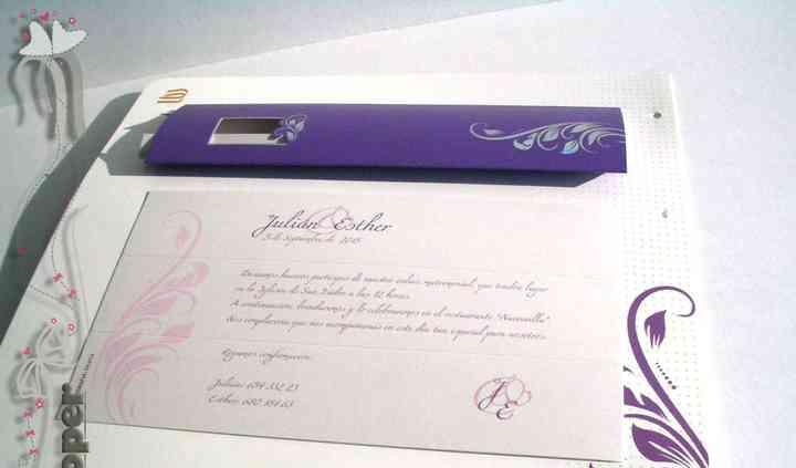 Invitaciones color lila