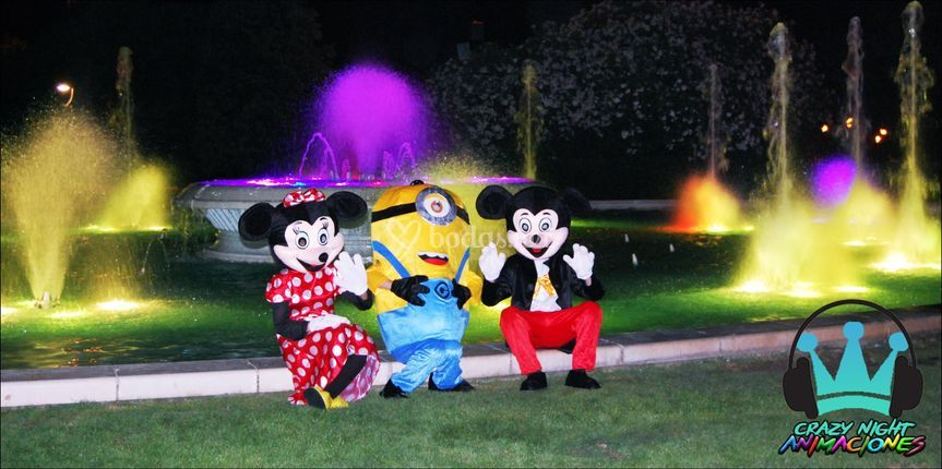 Minnie, Mickey y Minion