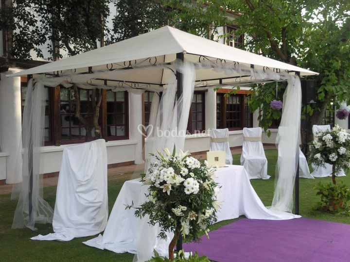 Escenario de boda civil