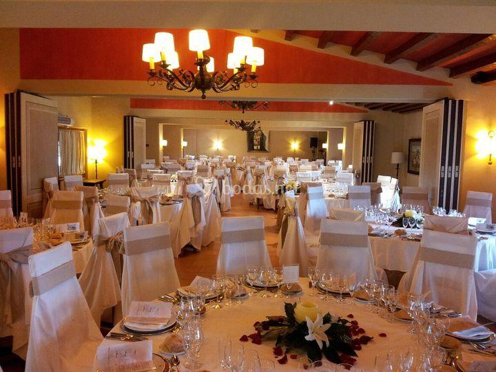 Montaje salón interior boda