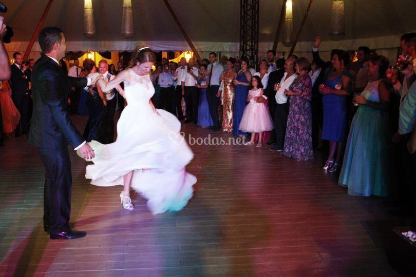 Sonido baile novios