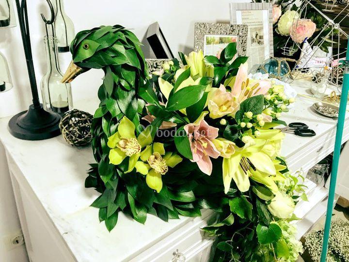 Arte floral pavo