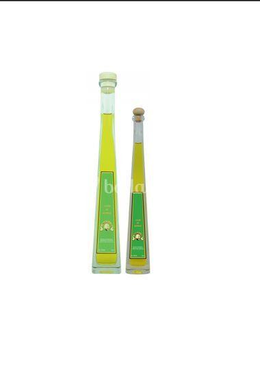 Botellas triángulo 100 y 200ml
