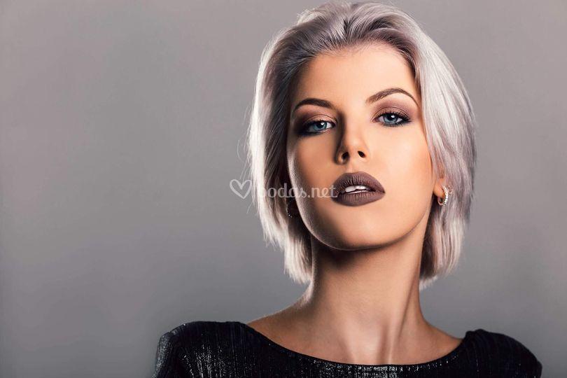 Szamosi Makeup