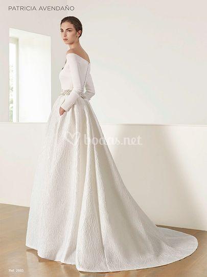 patricia avendaño modelo 2663 de mencía novias | foto 40