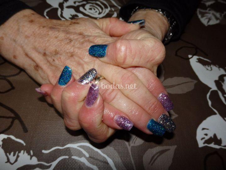 Uñas purpurina