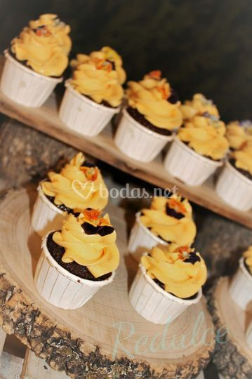 Minicupcakes chocolate y mango