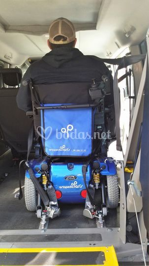 6 plazas más silla de ruedas