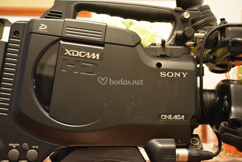 25 equipos HD y 4K